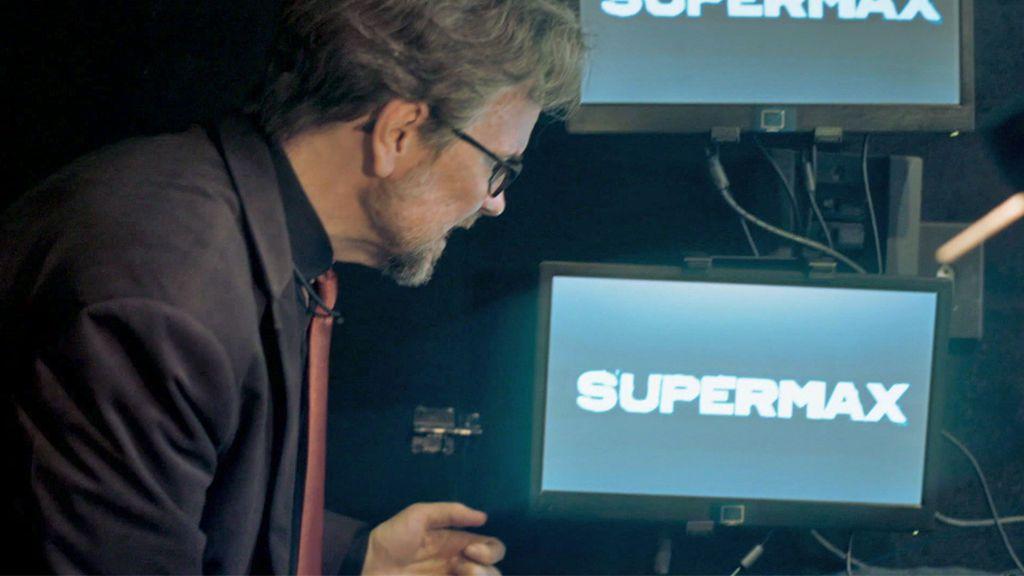 """Orlando comunica que están """"abandonados"""", en el próximo capítulo de 'Supermax'"""