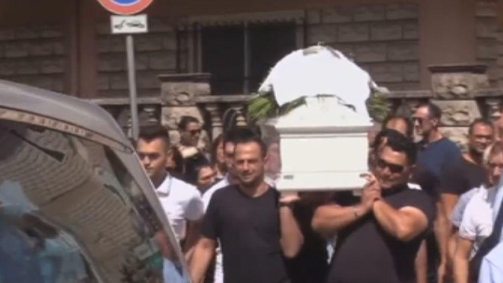 Muere un niño de 13 años en un accidente mientras su padre conducía y se grababa con el móvil