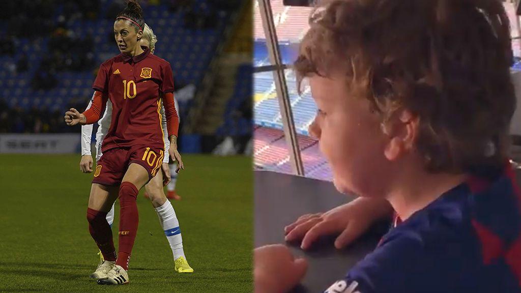 "Un niño narra un golazo de Jenni Hermoso en el Camp Nou: ""Suena genial"""