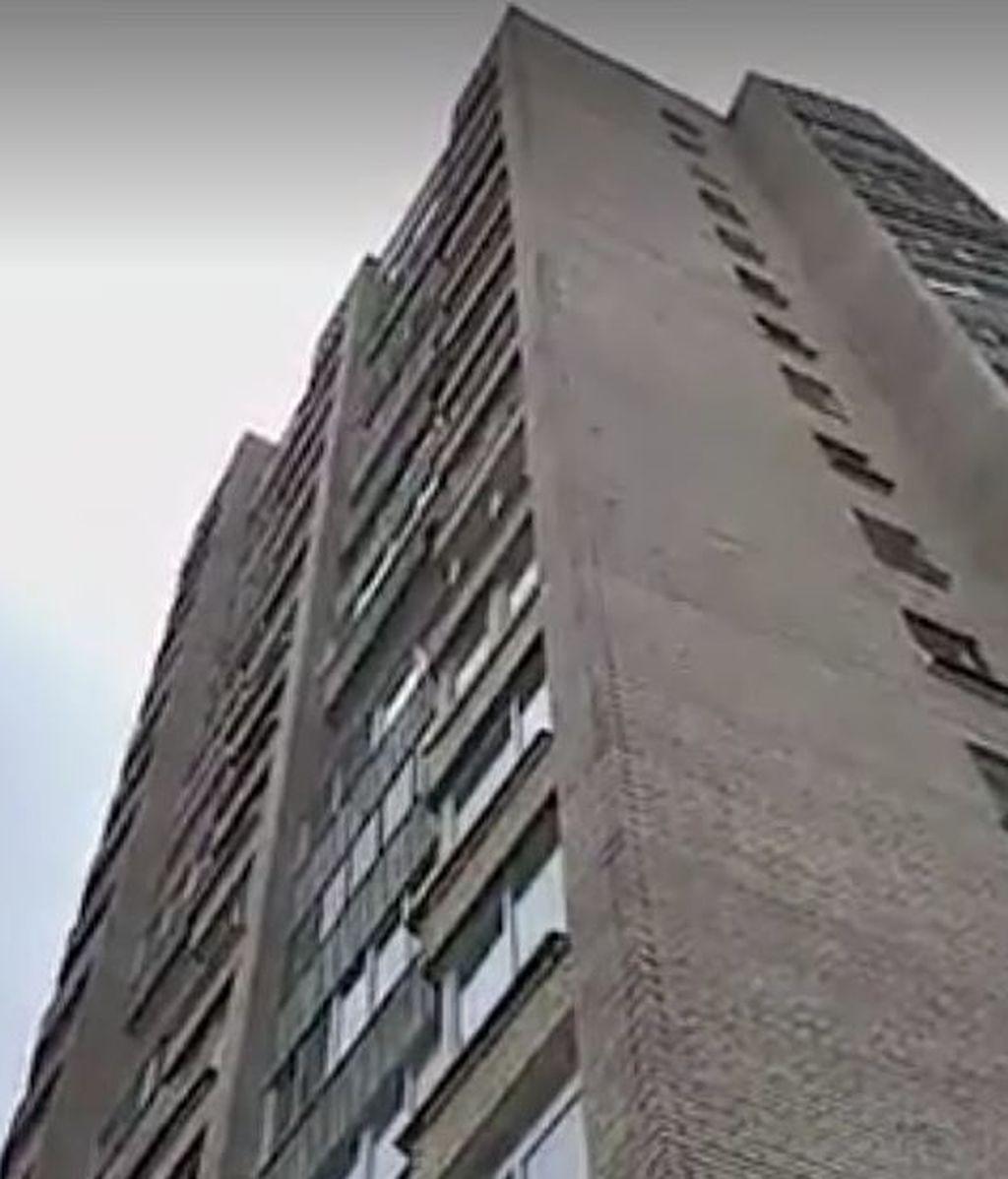 Fallece una joven al caer desde un noveno piso cuando mantenía relaciones sexuales