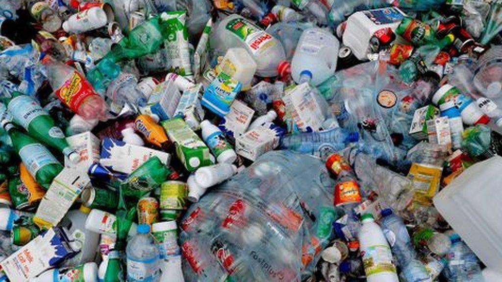 España toma más 'conciencia verde': segundo país en Europa que más envases plásticos recicla en el hogar