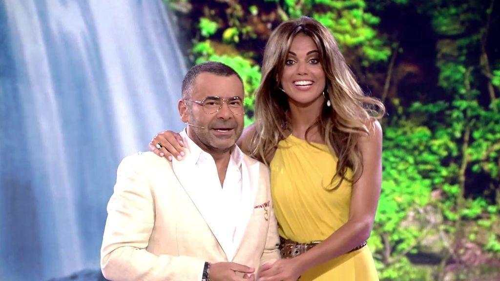 El emocionante reencuentro de Jorge Javier y Lara Álvarez en plató