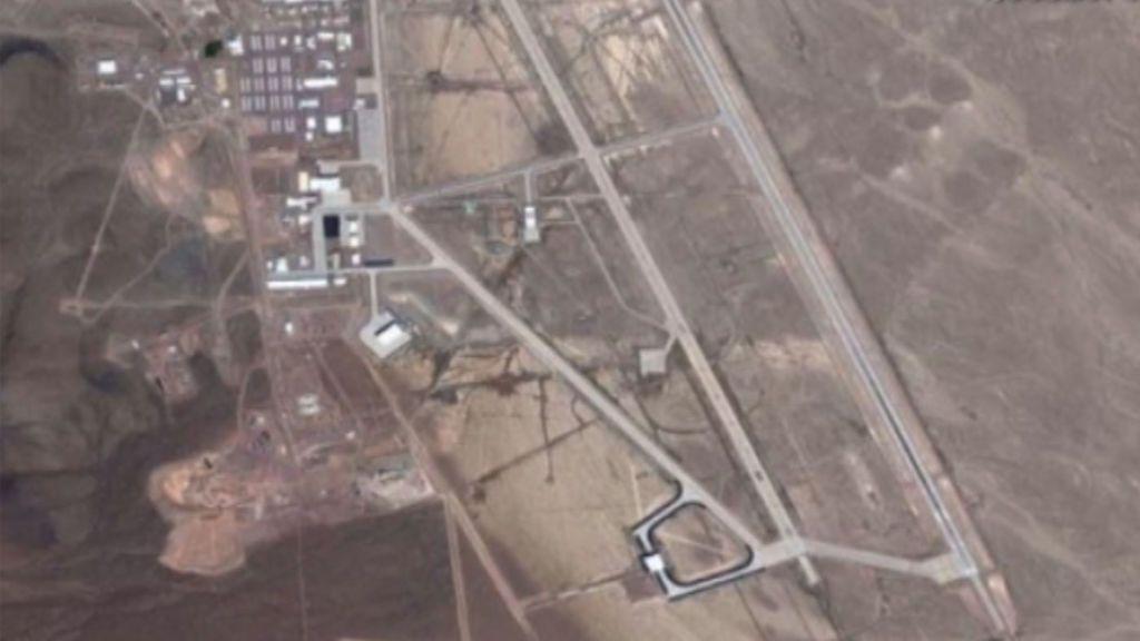 Miles de personas quieren asaltar el Área 51 de Nevada en busca de alienígenas