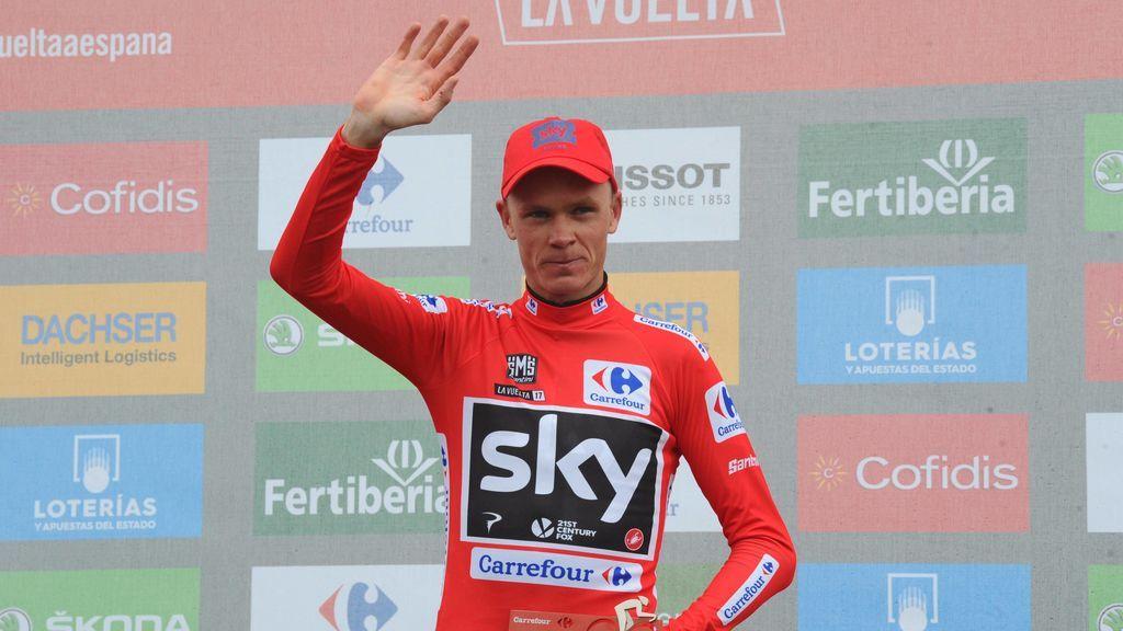 Froome celebra su victoria en La Vuelta de 2011 de manera oficial tras la sanción a Cobo