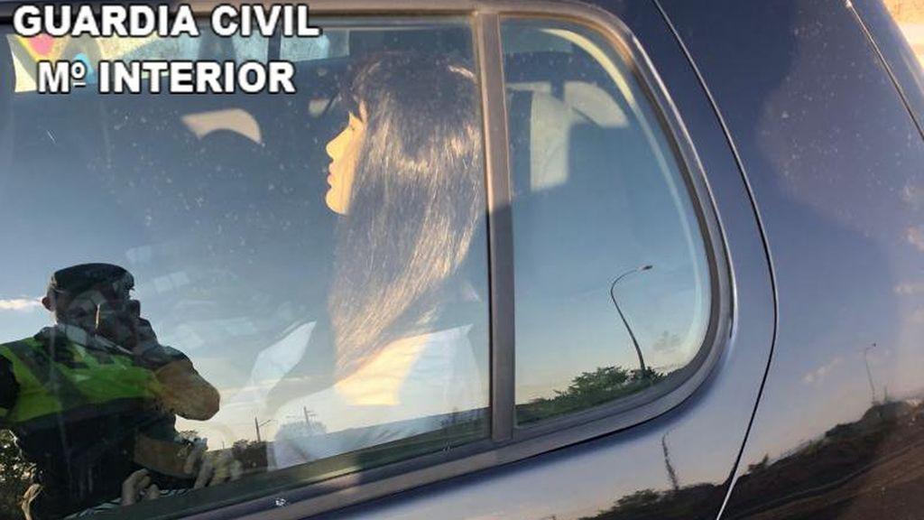 Un hombre, pillado con un maniquí en el coche para poder utilizar el carril de alta ocupación