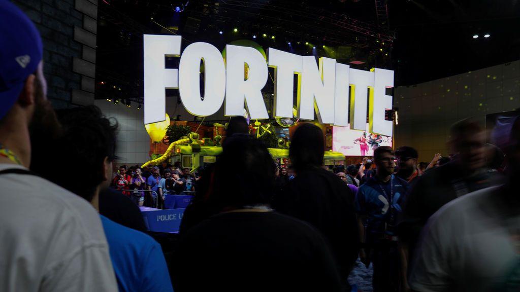 Un estadounidense saca a su hijo del colegio para que se dedique profesionalmente a jugar al Fortnite