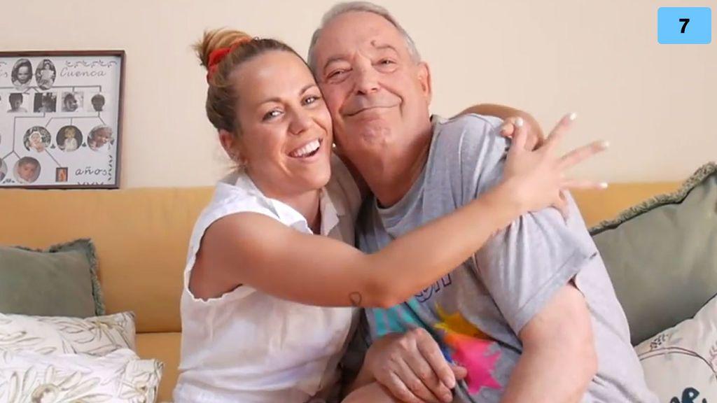 """LoveYoli somete a su Lalo al 'tag del abuelo': """"No entendía lo de los lovers"""""""