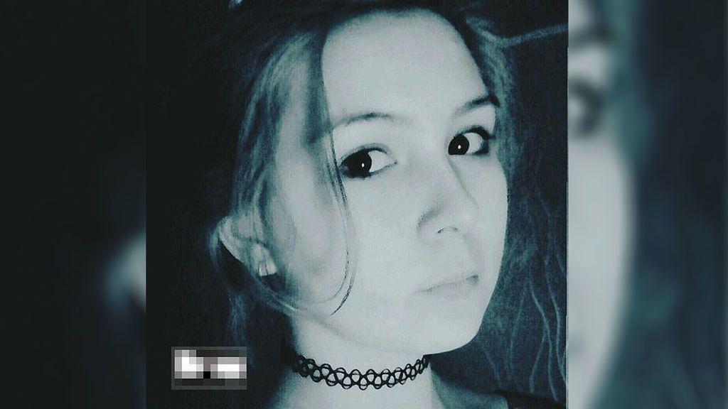 """Dos jóvenes de 16 años torturan y estrangulan a una excompañera por ser """"demasiado atractiva"""" en Rusia"""