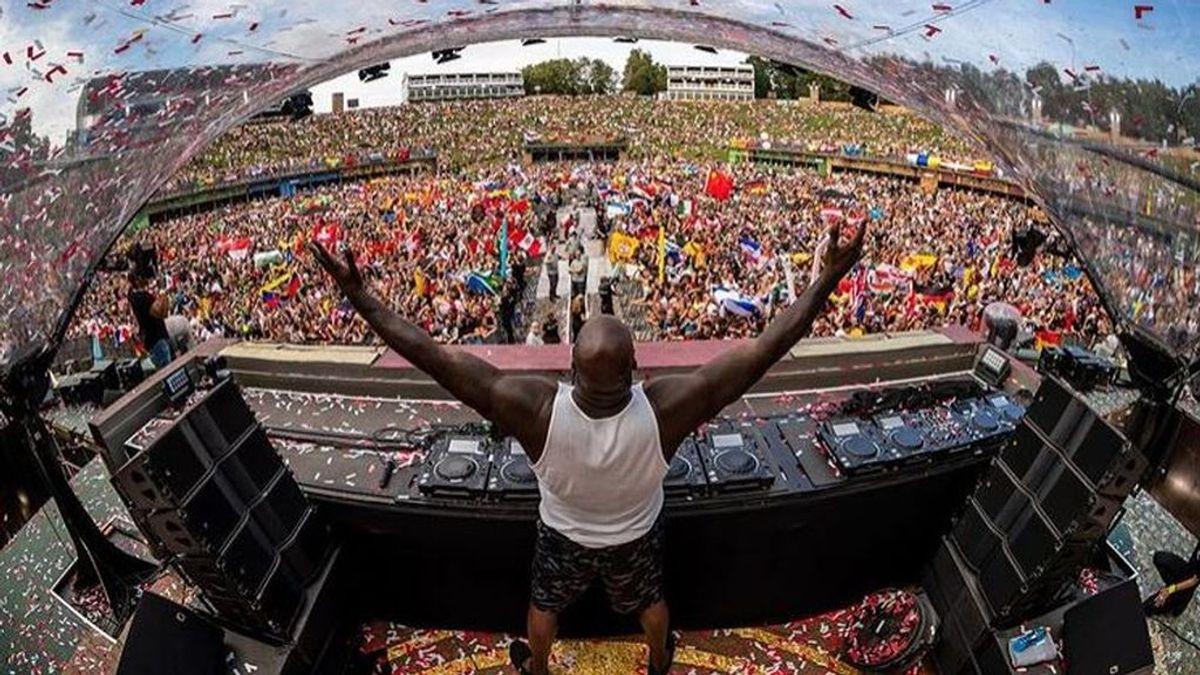 Shaquille O'Neal revoluciona Tomorrowland: De su set como DJ, a su alocado baile entre el público