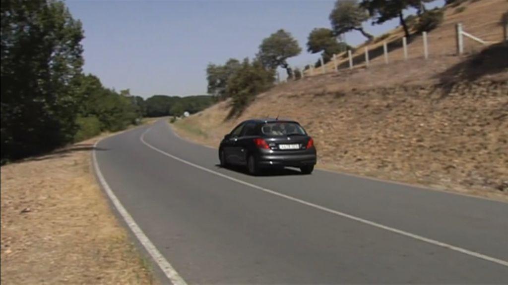 El taxista que dio aviso a Emergencias del accidente de Salamanca se ofreció a llevar a los tres jóvenes fallecidos y a los tres heridos al verles en mal estado