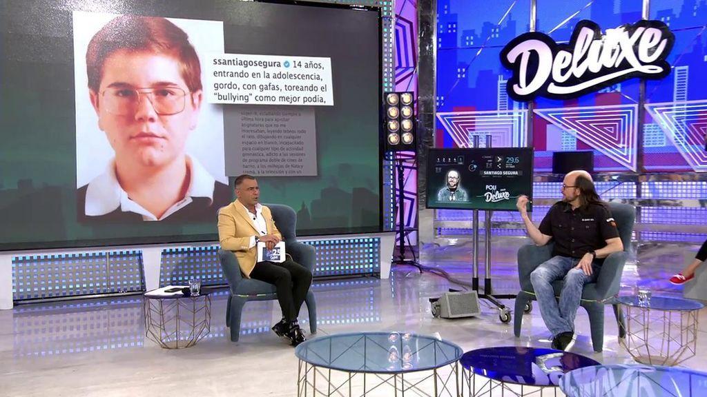 """Santiago Segura cuenta el 'bullying' que sufrió cuando era adolescente: """"Yo era feliz conmigo mismo, pero me insultaban"""""""