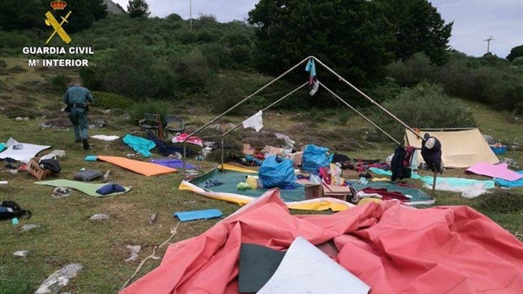 500 menores evacuados de campamentos afectados por las tormentas