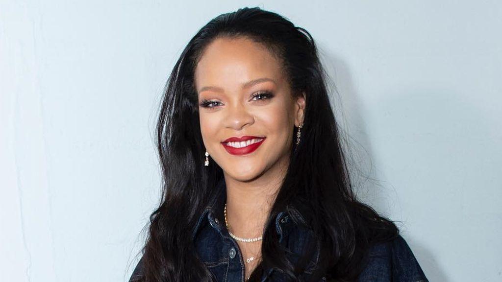 """Rihanna flipa al descubrir que una niña es su clon: """"Casi se me cae el móvil al verla"""""""