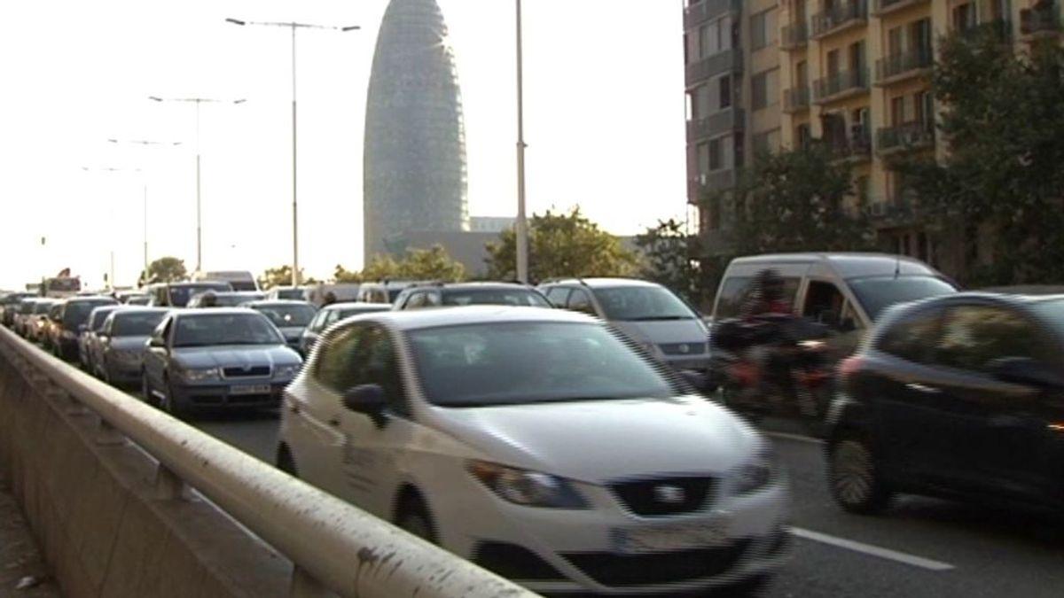 """Los expertos califican de """"poco valientes"""" las medidas impulsadas por Barcelona contra la contaminación"""
