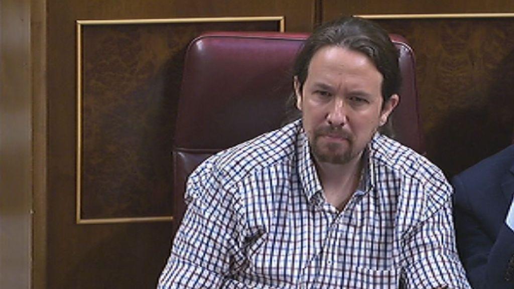 """Lastra saca de sus casillas a Iglesias, que le lanza desde su escaño: """"Qué poca vergüenza"""""""
