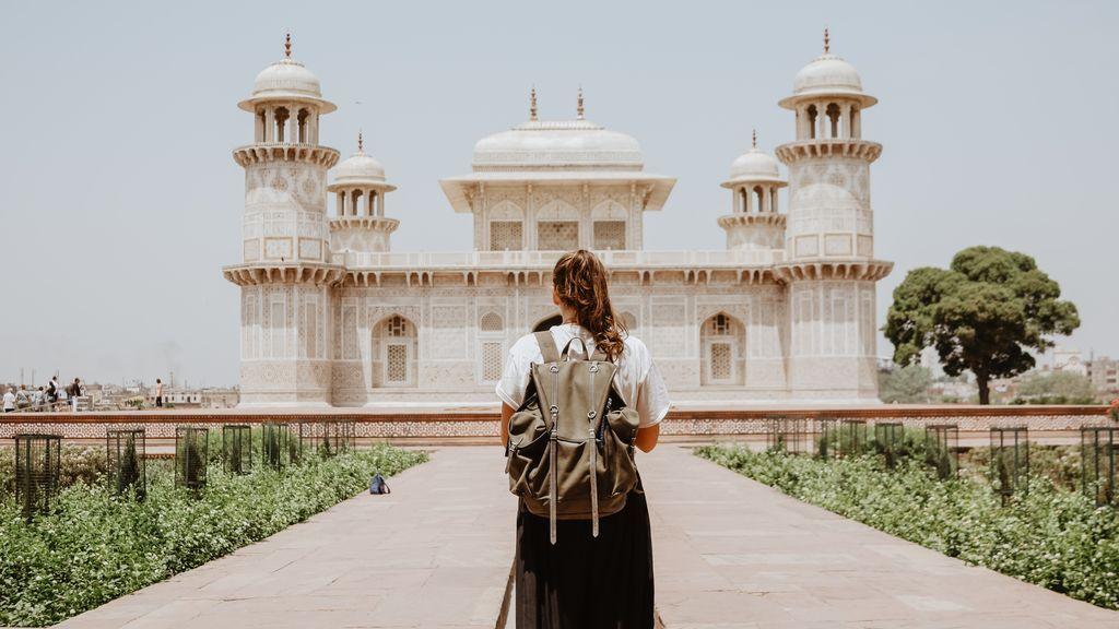 Viajar solo en vacaciones: los mejores y los peores países para hacerlo