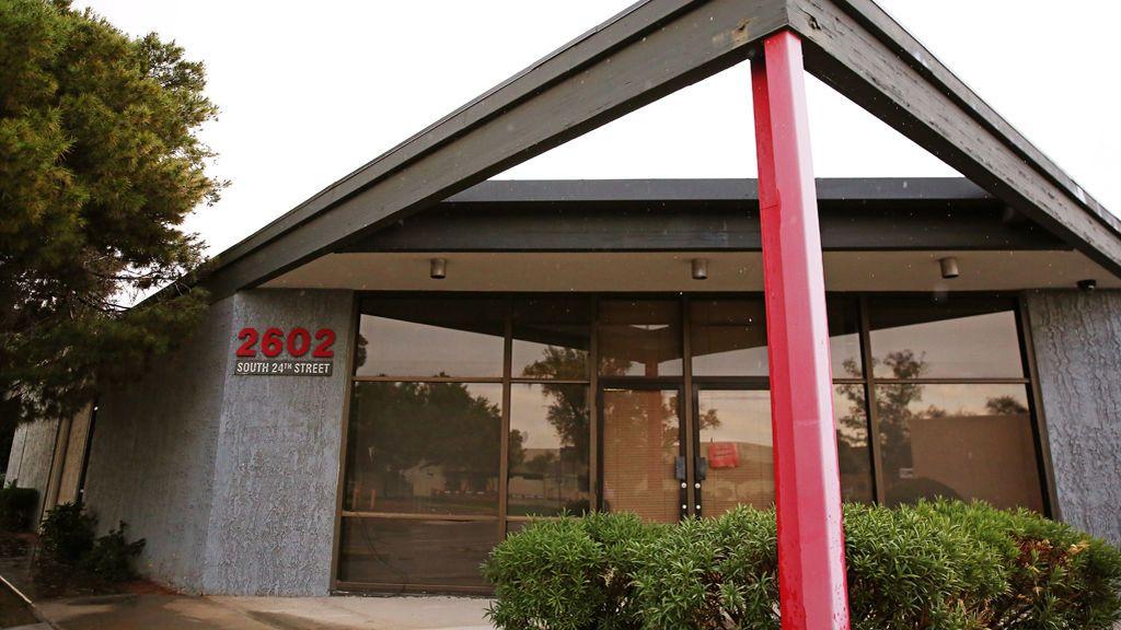 'La casa de horrores' que el FBI descubrió en un centro de donaciones con una cabeza de mujer cosida a un cuerpo de hombre