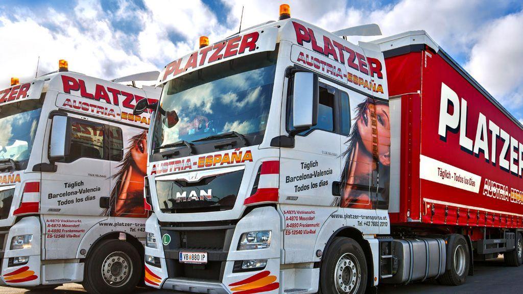 El Ayuntamiento de Vila-Real se alza contra la empresa de transporte Platzer por el uso de imágenes de mujeres sensuales en sus camiones