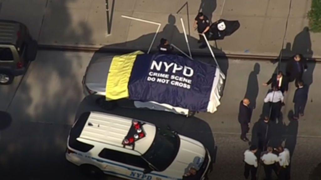 Mueren dos niños pequeños en Nueva York tras ser olvidados por su padre en el coche