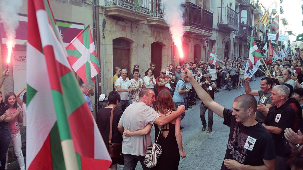 """El Gobierno llevará a la Fiscalía los """"inadmisibles"""" homenajes a presos de ETA en Hernani y Oñate"""
