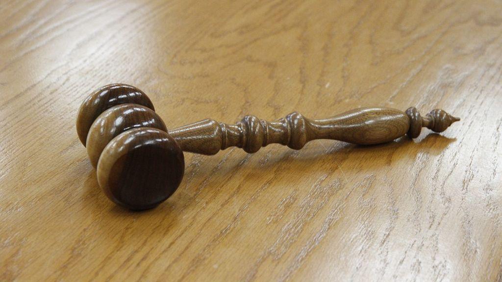 Condenado a 17 años por maltratar a su exmujer y abusar sexualmente de sus hijos durante más de una década