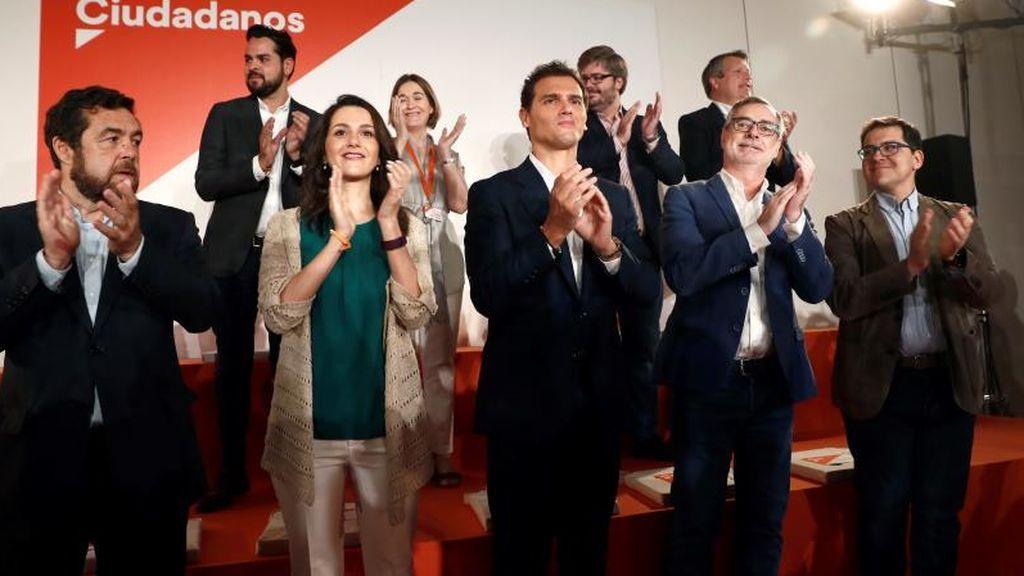 Rivera expulsa a los críticos de la nueva ejecutiva de Ciudadanos