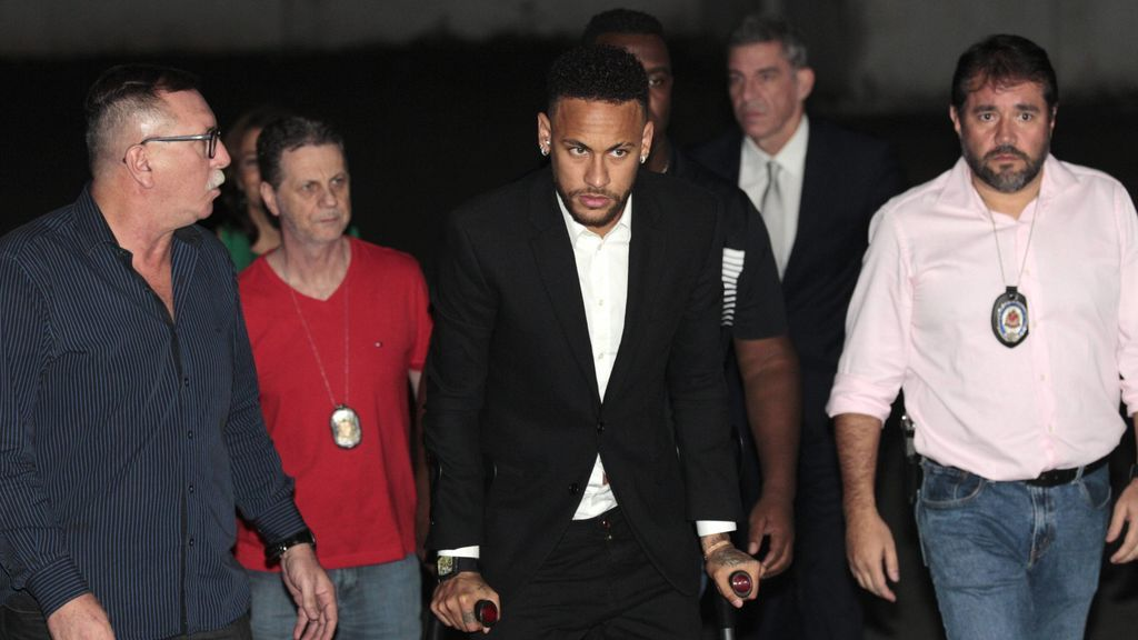 La Policía brasileña cierra la investigación por violación a Neymar tras no ver indicios suficientes