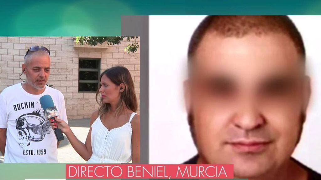"""Un amigo del parricida de Beniel: """"Estaba obsesionado con su mujer y lloraba diciendo que la quería mucho"""""""