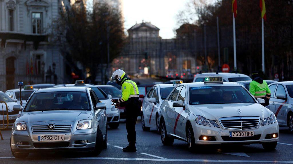 Cómo sobrevivir a la temida operación salida: consejos de seguridad vial
