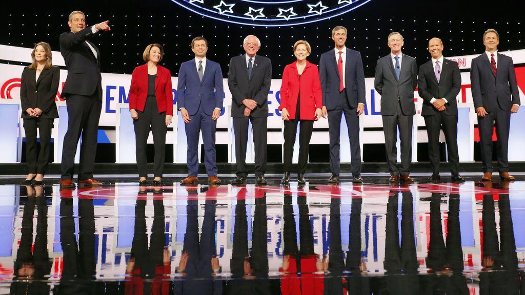 """Sanders y Warren calificados de """"radicales"""" por el resto de aspirantes en el segundo debate de las primarias"""