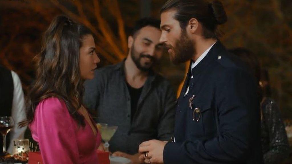 El esperado final de 'Erkenci Kus' llega a Divinity junto a dos superestrenos de ficción turca: 'Te alquilo mi amor (Kiralik Ask)' y 'Dolunay'
