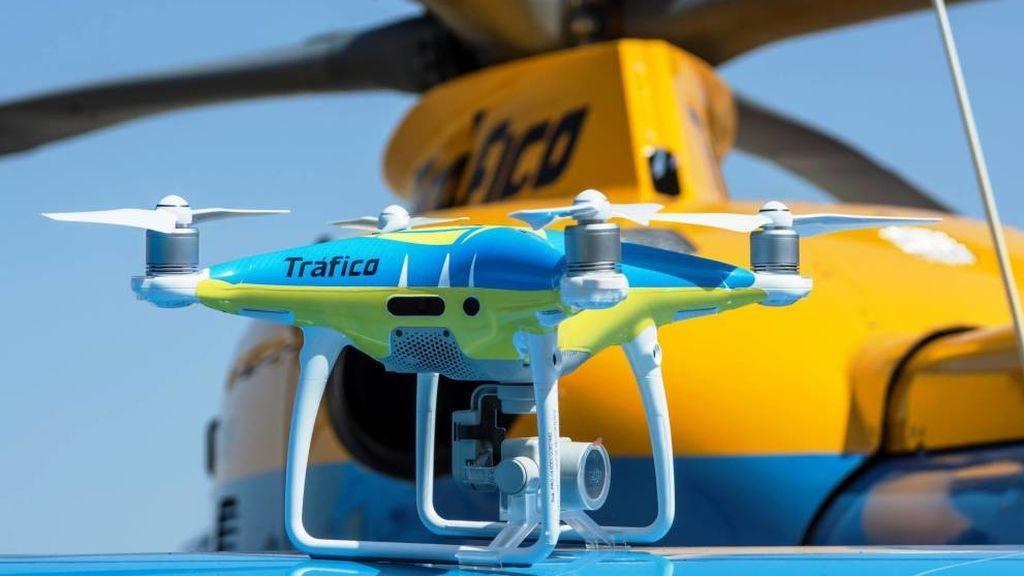 Los drones de la DGT comenzarán a multar a partir de mañana 1 de agosto ante la operación salida