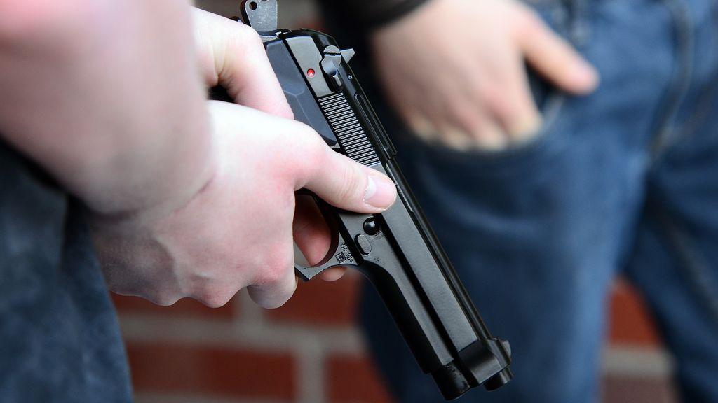 Muere un hombre que con 11 años mató a cinco personas en una escuela en Estados Unidos