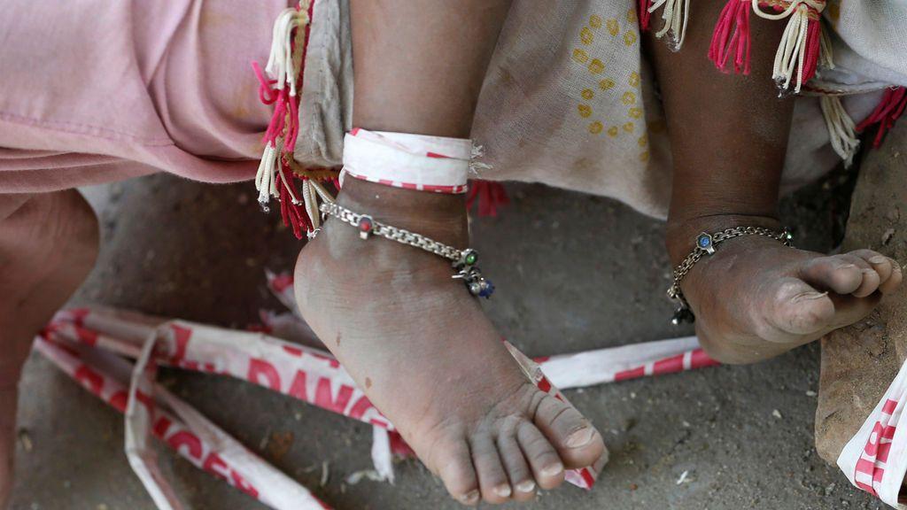 Raptan, violan y decapitan a una niña de tres años en la India