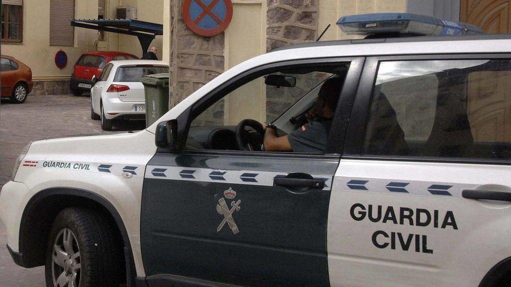 Encuentran a una recién nacida en un portal de Torre Pacheco, en Murcia