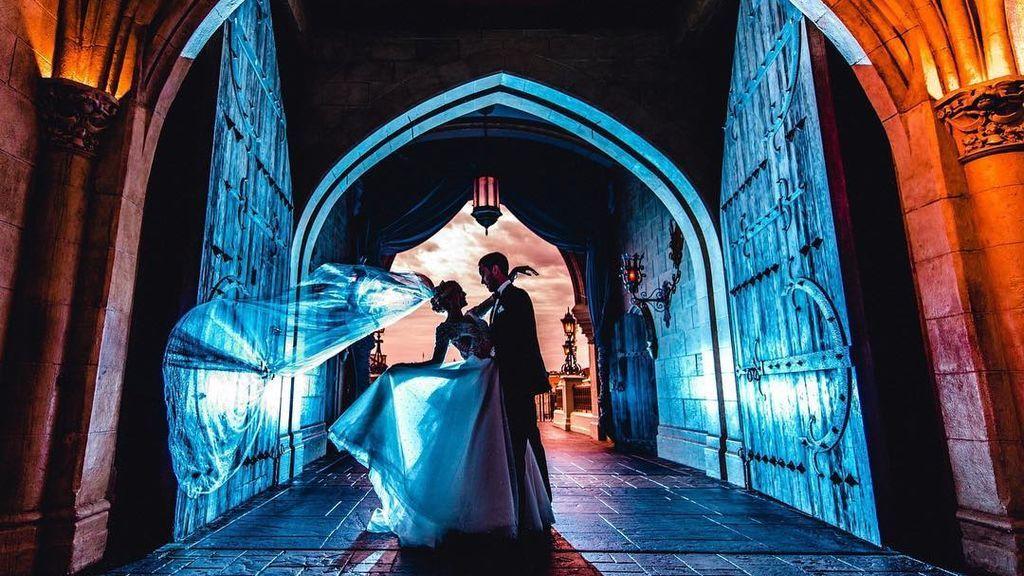 De película: ten una boda de fantasía en una de las nuevas capillas nupciales en Disney World