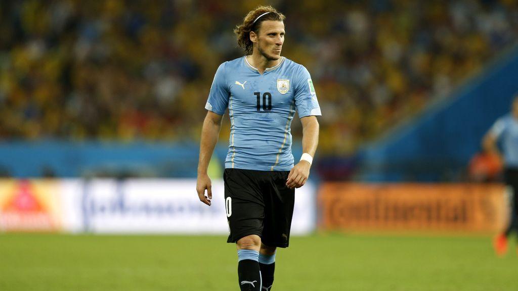 Diego Forlán anuncia su retirada a los 40 años