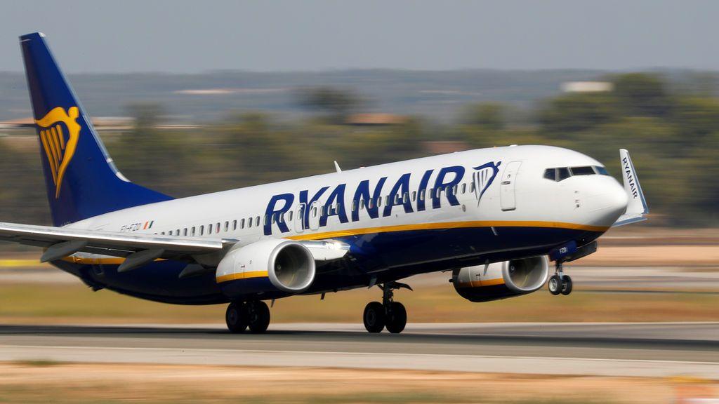 Huelga en Ryanair ante la intención de la compañía de cerrar sus bases de Las Palmas, Tenerife Sur y Girona