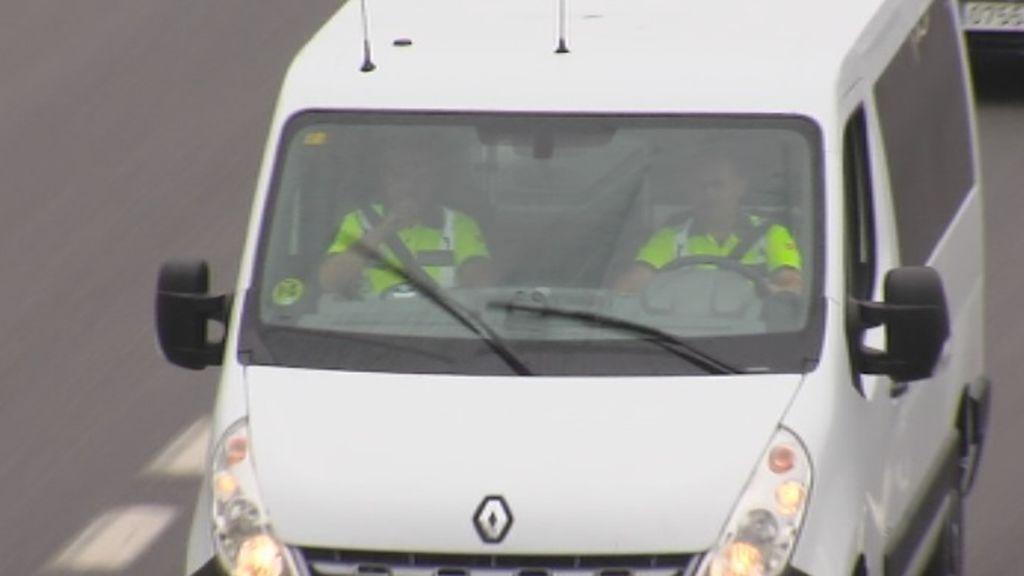 La DGT vigila las imprudencias al volante desde sus nuevas furgonetas camufladas