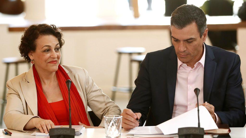 """Los sindicatos presionan a Sánchez para alcanzar un acuerdo con Podemos y formar un""""Gobierno progresista"""""""