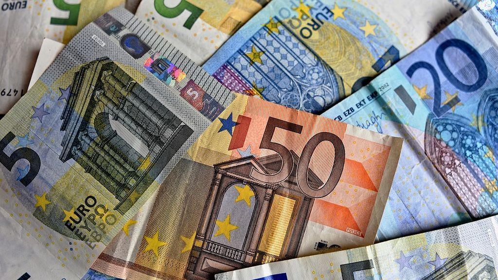 money-3481699_960_720