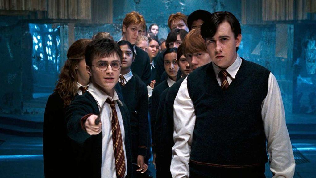 Los fans tienen una teoría para demostrar que en el universo Harry Potter también hay brujos trans
