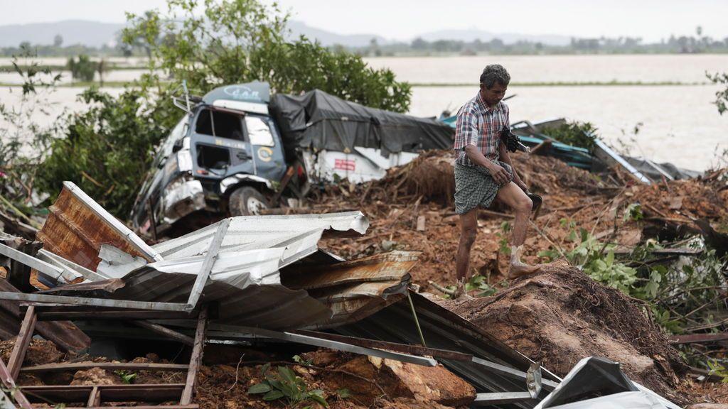 Mueren más de 50 personas por un alud en el sureste de Birmania