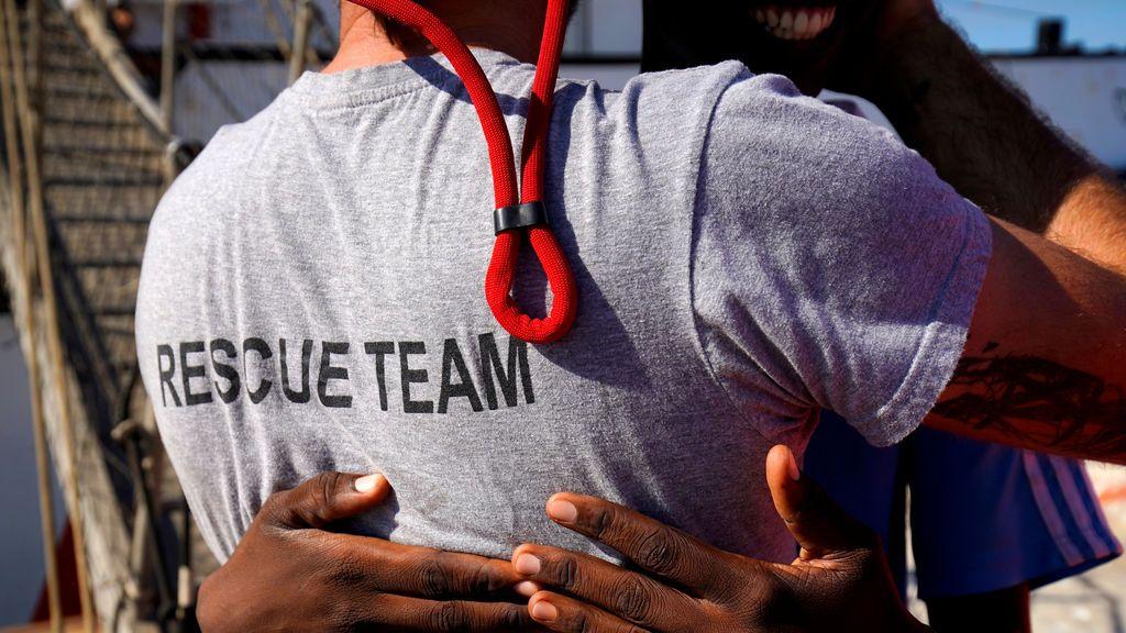 El Open Arms solicita a Italia la evacuación de tres migrantes a bordo por urgencia médica