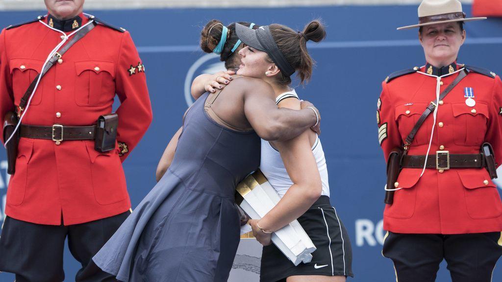Serena rompe a llorar por una lesión y su rival le saca la sonrisa tras unas preciosas palabras de consuelo