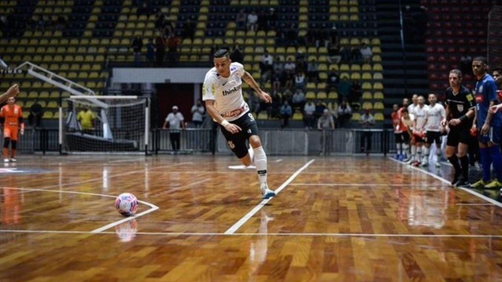 Asesinan a tiros al internacional brasileño de futsal Douglas Nunes