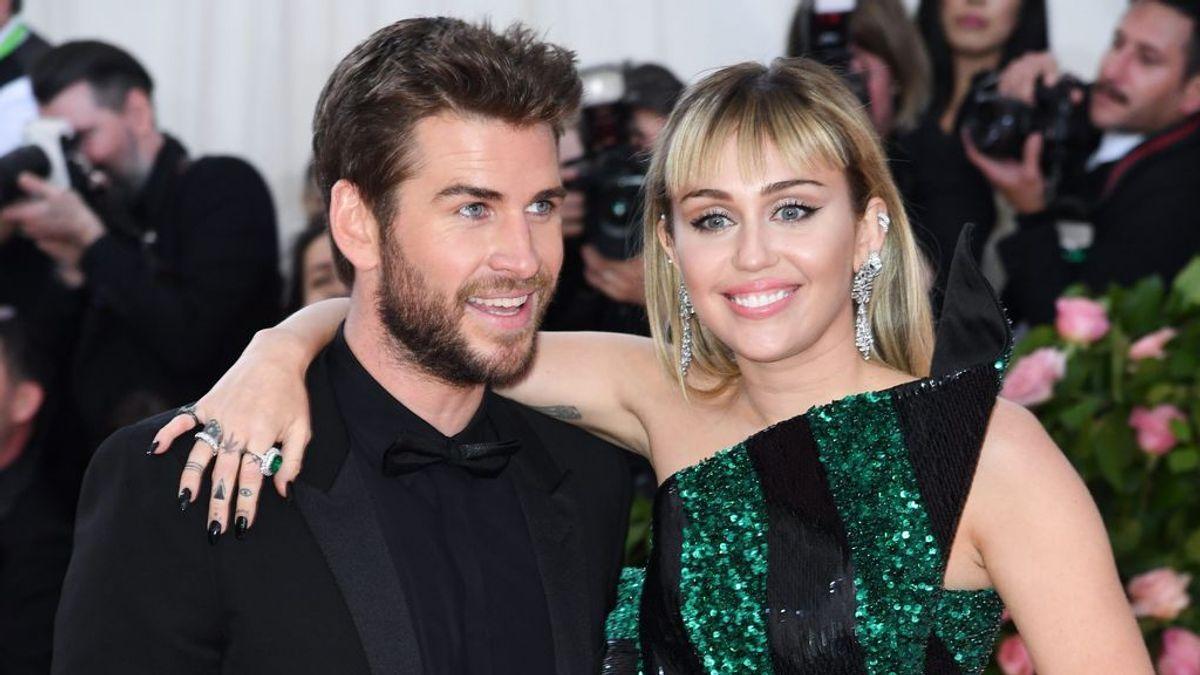 Miley Cyrus y Liam Hemsworth se separan ocho meses después de su boda: repasamos su historia de amor