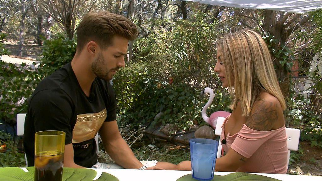 """Roci llega calentita a la cita con David: """"Me tienes superenfadada"""""""