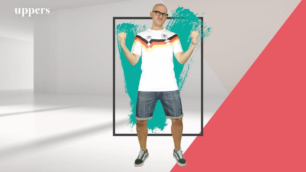 Camisetas de fútbol por el paseo marítimo: Menottinto las defiende y da las claves para ir elegante con ellas