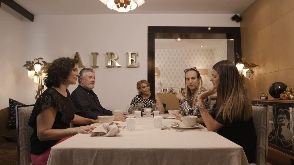 Raquel Mosquera inaugura la nueva edición de 'Ven a cenar conmigo. Gourmet Edition' como primera anfitriona
